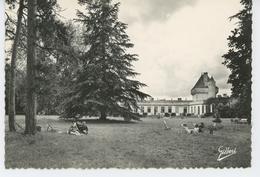 Maison De Convalescence Du Château De MORNAY Par LOULAY  - Une Vue Du Parc Pendant La Cure - Altri Comuni