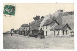 GRANVILLE  (cpa 50)  Le Chemin De Fer De La Manche - Arrêt à La Gare -    - L 1 - Granville
