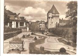 Nevers (58) Le Golf Miniature Et La Porte Du Croux - Nevers