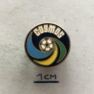 Badge (Pin) ZN004421 - Football (Soccer / Calcio) USA New York Cosmos - Voetbal