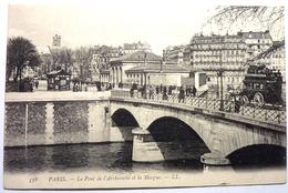 QUAI DE L'ARCHEVECHE Et La MORGUE  - PARIS - Arrondissement: 04