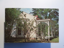 POSTCARD & 3 STAMPS 1960 YEARS USA ALABAMA TUSCUMBIA IVY GREEN BIRTHPLACE OF HELEN KELLER - Etats-Unis