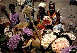 AFRIQUE EN COULEURS - Marchandes De Fleurs - 2.4.1970 - W-23 - Cartes Postales