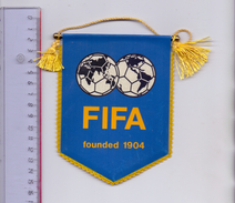 FUSSBALL - FIFA - WIMPEL, Ca. 11 X 14 Cm - Abbigliamento, Souvenirs & Varie