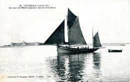 N°31661 -cpa Le Croisic -barque De Pêche Passant Devant Pen Bron- - Pêche