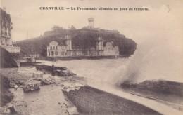 GRANVILLE - 50 - La Promenade Démolie Un Jour De Tempête - Granville