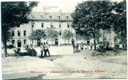 03 - Moulins ; 10° Chasseurs ; Cour Du Quartier Villars. - Moulins