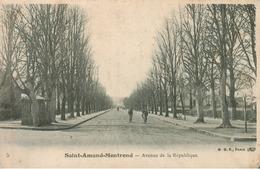 Saint Amand Montrond - Avenue De La République - Saint-Amand-Montrond