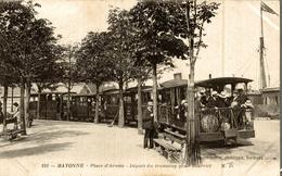 BAYONNE PLACE D ARMES DEPART DU TRAMWAY POUR BIARRITZ - Bayonne