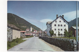 2986  Postal    Huesca, Biescas, Vista Parcial Y Carretera De Ordesa - Huesca