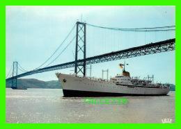 "BATEAUX - SHIPS - ""MONTE UMBE"" - LISBOA, PORTUGAL A PONTE SOBRE O TEJO - IRIS - - Paquebote"