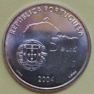 5 EUROS 2004 PORTUGAL PLATA (CENTRO HISTORICO EVORA) - Portugal
