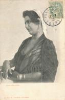CPA EGYPTE Jeune Fille Arabe En Costume Et Bijoux - Egypt