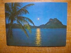 Bora-bora , Au Clair De La Lune - French Polynesia