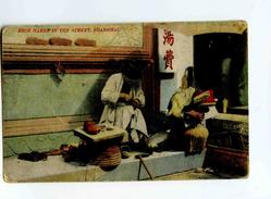 C 19288   -   Chine-Shanghai - Shoe Maker In The Street -   Fabricant De Chaussures Dans La Rue - Savetier - Artesanal