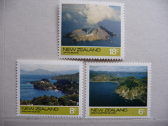 """Nouvelle Zelande  1974  N° Y&T : 621à623 """"Tourisme""""  3V.  Neuf - Nouvelle-Zélande"""