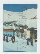 """Saint-Sorlin-d'Arves (73) : MP Des Moniteurs De Ski Devant Le Restaurant """"Le Gros Caillou""""  En 1982 (animé) GF. - Sonstige Gemeinden"""