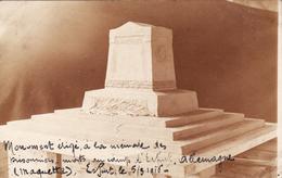 CP Photo Mars 1916 ERFURT - Denkmal Modell Maquette Du Monument érigé En Mémoire Des Prisonniers Morts (A166, Ww1, Wk 1) - Erfurt