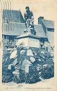 A-17-2057 : MONUMENT AUX MORTS DE LA GRANDE-GUERRE 1914-1918. ROSTRENEN - Frankrijk