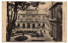 PARIS 3° --Jardin Du Musée Carnavalet  (petite Animation) N° 37  éd A.Moutet - Arrondissement: 03