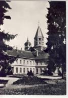 CLUNY - L'Abbaye, Batiment Du XVIIIe S. Et Clocher De L'eau Bénite - Cluny