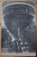 76 : Le Havre - Le Transatlantique France En Cale Sèche - Vue Prise Par L'arrière - Bateau / Paquebot - (n°7467) - Le Havre