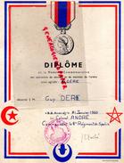 ALGERIE - DIPLOME MEDAILLE COMMEMORATIVE OPERATIONS MAINTIEN ORDRE - GUY DERE -1960 COLONEL ANDRE -6E REGIMENT DE SPAHIS - Diplômes & Bulletins Scolaires