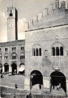 Cartolina - Treviso Palazzo Del Trecento Animata 1955 - Treviso