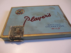 Boite En Fer Vide/Cigarettes/Players/ Navy Cut Cigarettes Mild/Imperial Tobacco/Canada /Vers1960-80     BFPP99 - Around Cigarettes