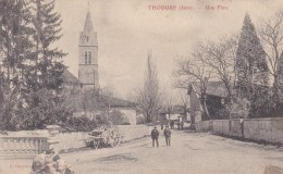 22T - 38 - Thodure - Isère - Une Place - France