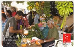 MALDIVES ISL. - Fruit Market, Dhiraagu Recharge Card Rf 100, Used - Maldiven
