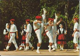 CPM - 64 -Folklore  Basque Makil Dantza Danse Des Bâtons - Francia