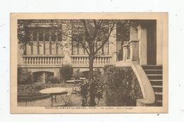 Cp , Hôtels & Restaurants ,51 , REIMS , BRISTOL - CRYSTAL - HOTEL , Les Jardins , Salle à Manger , Vierge , Ed : Brunel - Hotels & Restaurants