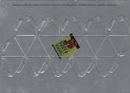 Carte Com Publicitaire Pour J&B Whisky Publicitaire Prédécoupée à Monter Pour Boule Facettes (portugal) - Advertising