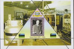 PHYSICIST Enrico Fermi   TRIANGULAR STAMP  1 Sheet LIMITED EDITION  CINDERELLA
