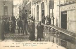 NANTES      LA PLACE DU COMMERCE    INNONDATIONS 1904 - Nantes