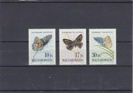 Hongrie - Neufs** - Année 1993 - Papillons Divers - YT 3420/3422 - Nuovi
