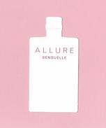 Cartes Parfumées Carte CHANEL ALLURE SENSUELLE    De CHANEL      HAUTEUR TOTALE 7.5 CM - Cartes Parfumées