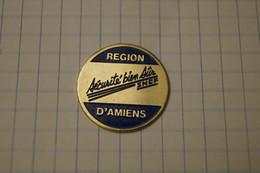 Pin's REGION D 'AMIENS SNCF - Villes