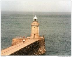 Postcard - St. Peter Port Breakwater Lighthouse, Guernsey. SMH79A - Lighthouses