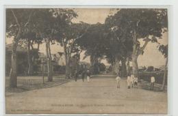 CPA GUADELOUPE Pointe à Pitre, Place De La Victoire, Allée Principale M35 - Autres