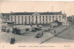 Cpa 22 Guingamp Ecole Primaire Supérieure De Garçons - Guingamp