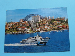 HYDROFPOIL FERRY With KIRRIBILLI In Background () Anno 1975 ( Zie Foto Voor Details ) ! - Sydney