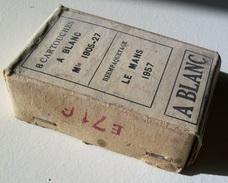 Une Boite De Cartouches à Blanc Mle 1905-27 Reempaquetage Le Mans 1957 Pour Fusil Lebel/Berthier - Armes Neutralisées