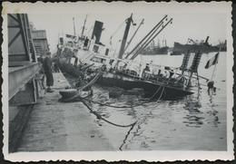 NAVIRE MARCHAND 1942 : Touché Au Port - Guerre, Militaire