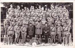 CPA-PHOTO Carte-Photo La Musique Du 107 ème Régiment D' Infanterie D' ANGOULÊME Instrument Cuivre (2 Scans) - Regiments