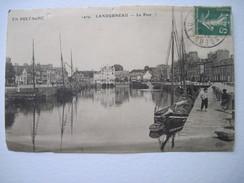 CPA Landernau Le Port      état Il Ne Reste Que La Photo Animée Et Bateau - Landerneau