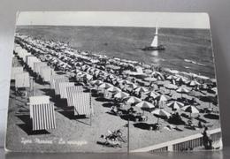 IGEA MARINA - La Spiaggia - Viaggiata 1962 - Rimini