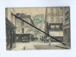 CPA Tachée - Melun  - La Rue De L'Hôtel De Ville - Melun