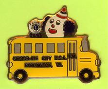 Pin's Club Lions Chocolate City Clown Autobus Bus Scolaire - 3A08 - Trasporti